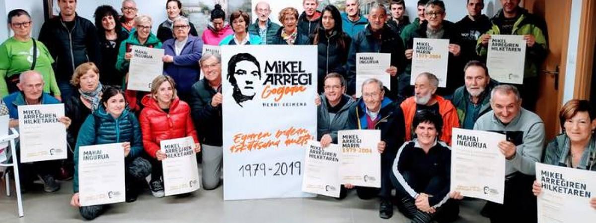 Presentación de la iniciativa popular  Mikel Arregi Gogoan